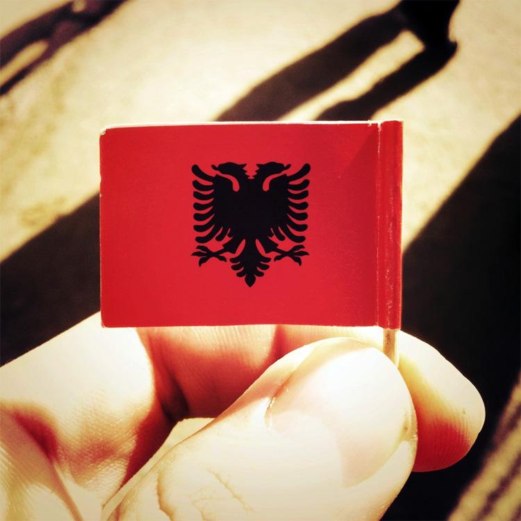 Proverbi albanesi
