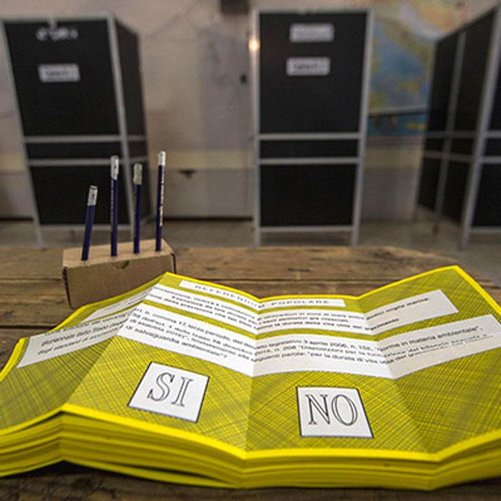Frasi sui referendum