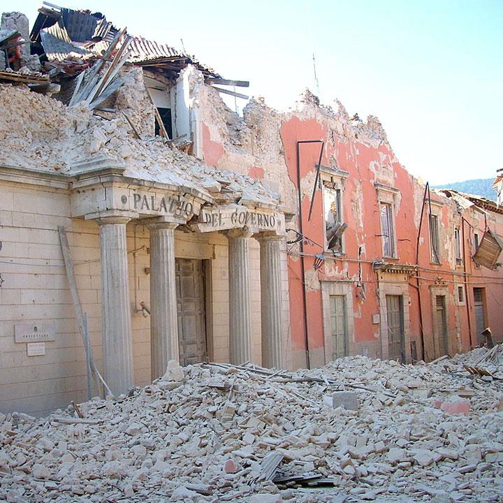 Frasi sui terremoti