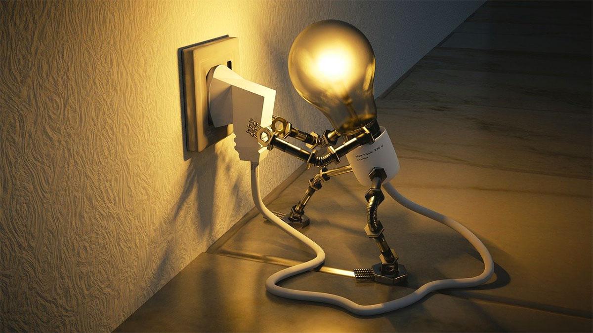 lampadina e presa di corrente