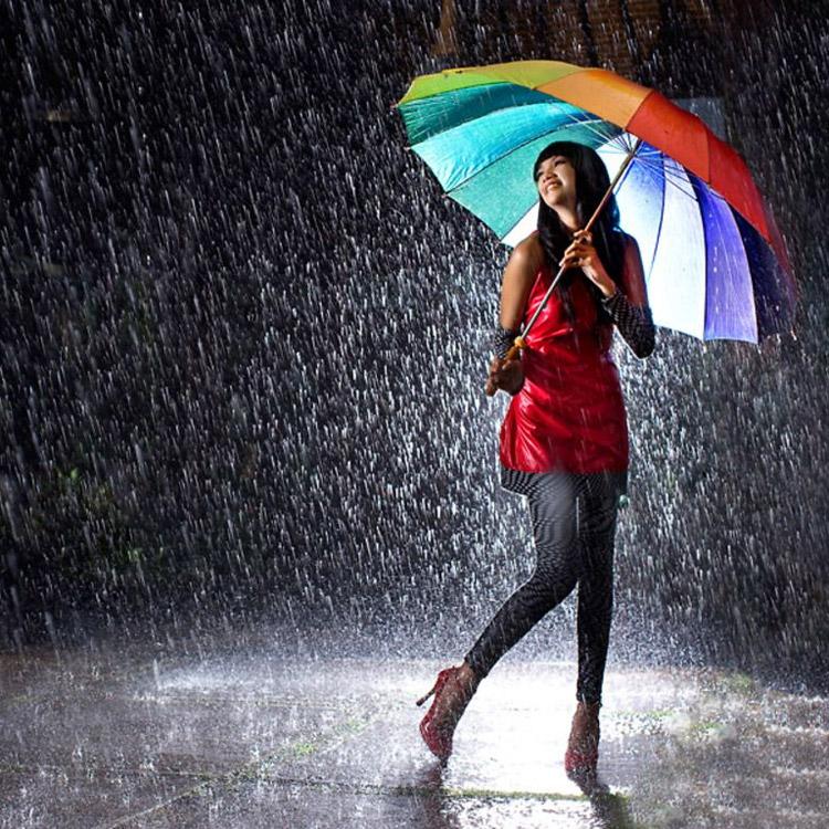Frasi sulla pioggia for Sotto la pioggia ombrelli