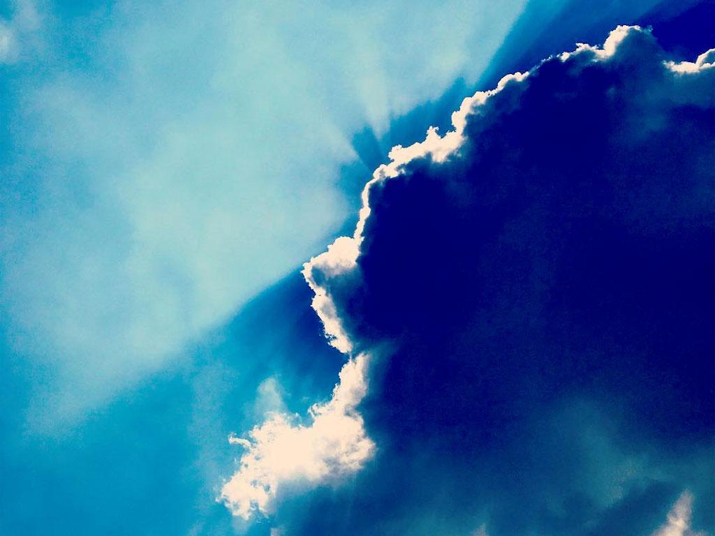 Il sole è dietro le nuvole