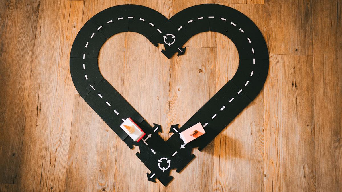 strada a forma di cuore