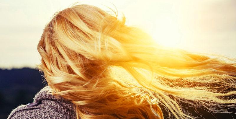 vento tra i capelli